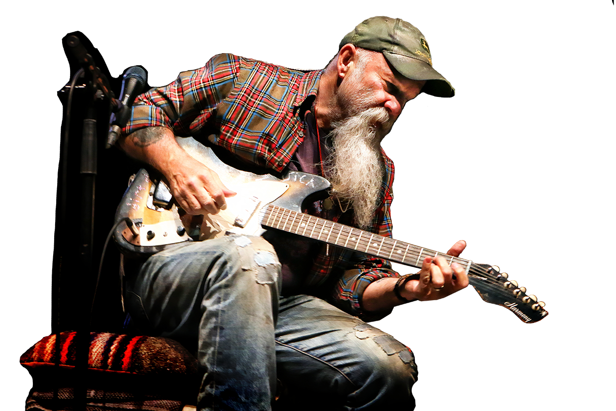 Seasick Steve with Guitar playing live